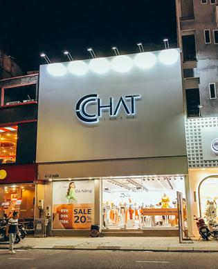 Quảng cáo cửa hàng thời trang CHAT